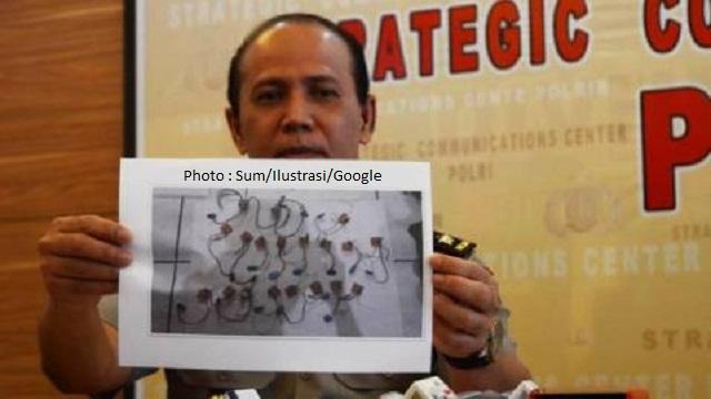 Polisi Terus Telusuri Bahan Kimia Terduga Teroris di Surabaya