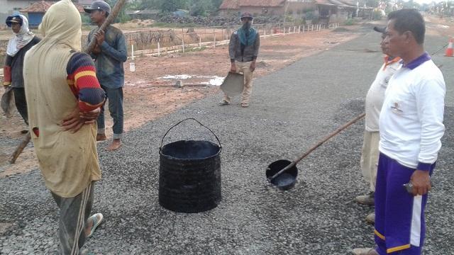 Tak Sesuai Kontrak, Khamami Minta PU Hentikan Pekerjaan Rekanan