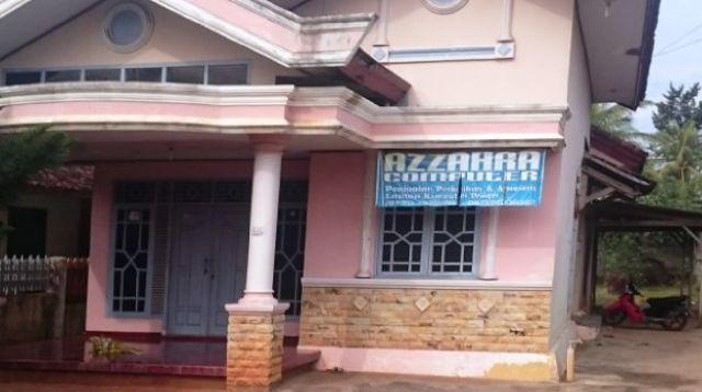 Dua Pria Pemilik Warnet AZZAHRA dibawa Orang Tidak dikenal