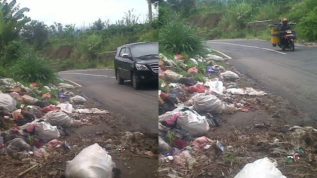 Tumpukan Sampah Jalinbar Menggangu Pengguna Jalan