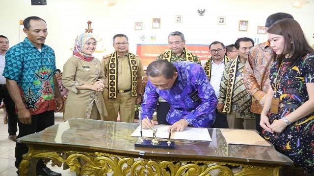 Menteri PDT dan Transmigrasi RI Resmikan BUMDes