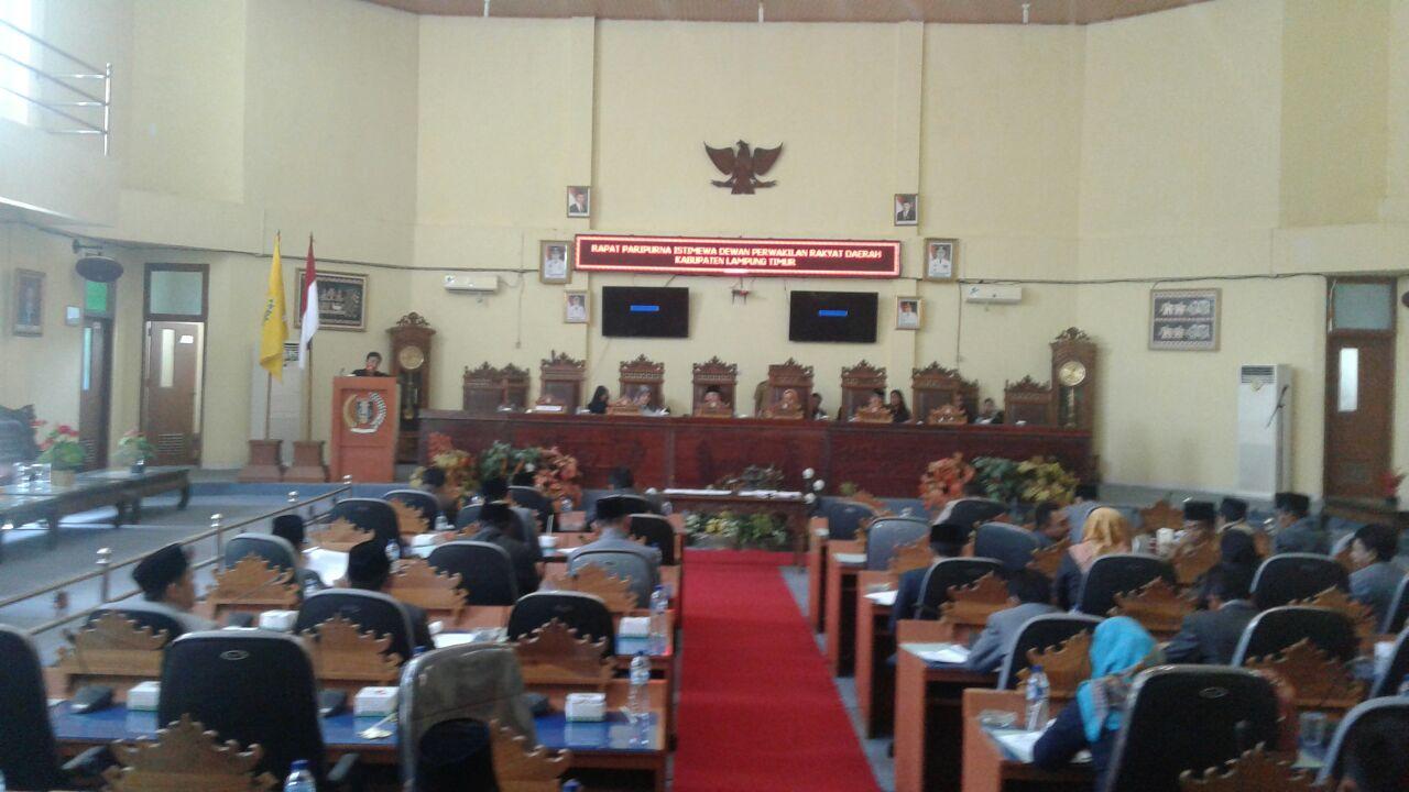Rapat Paripurna Penandatanganan Nota Kesepakatan Kebijakan Umum APBD dan PPAS 2017