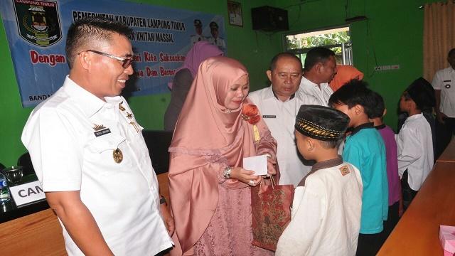 111 Anak Di Lampung Timur Ikuti Sunatan Missal