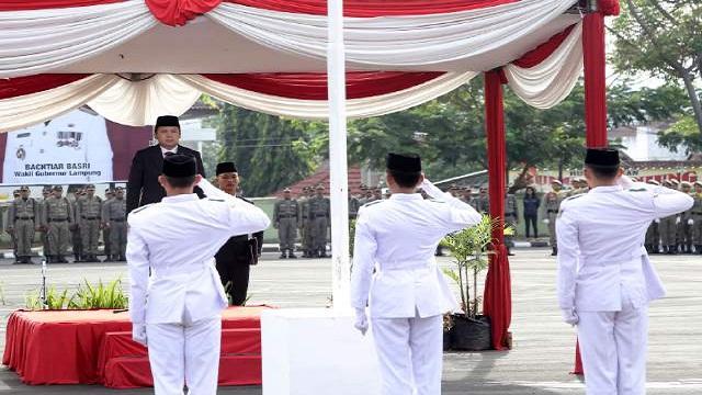 Gubernur Pimpin Upacara Peringatan Hari Pahlawan