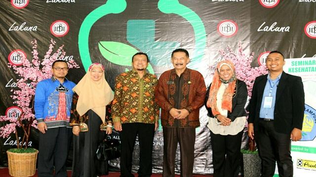 Seminar Kesehatan dan Pelantikan Pengurus LAKUNA