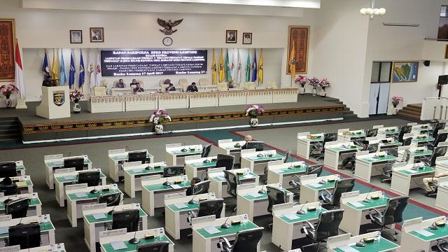 Rapat Paripurna DPRD Provinsi Lampung Lanjutan Pembicaraan Tingkat I