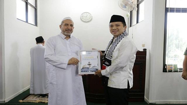 Imam Besar Masjid Al- Aqso Palestina Kunjungi Lampung