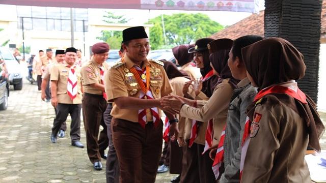 Pramuka Lampung Tengah Bantu Kelancaran Arus Mudik 2017